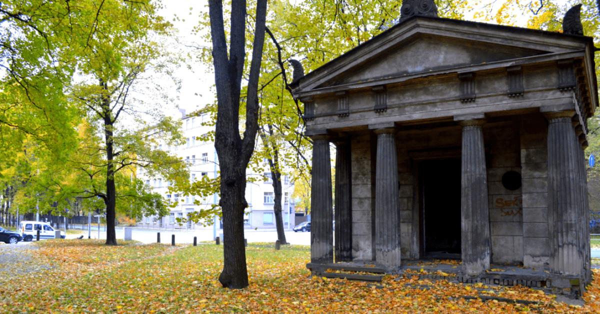 Ekskursija pa Lielajiem un Pokrova kapiem